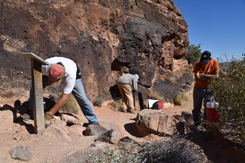 Mill Canyon Dinosaur Trail work on National Public Lands Day, 2016